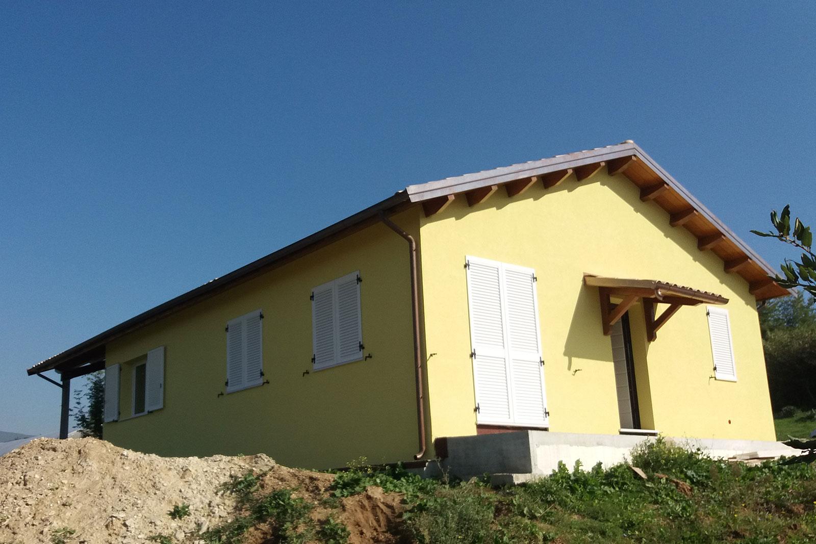 Case-in-legno-Conero