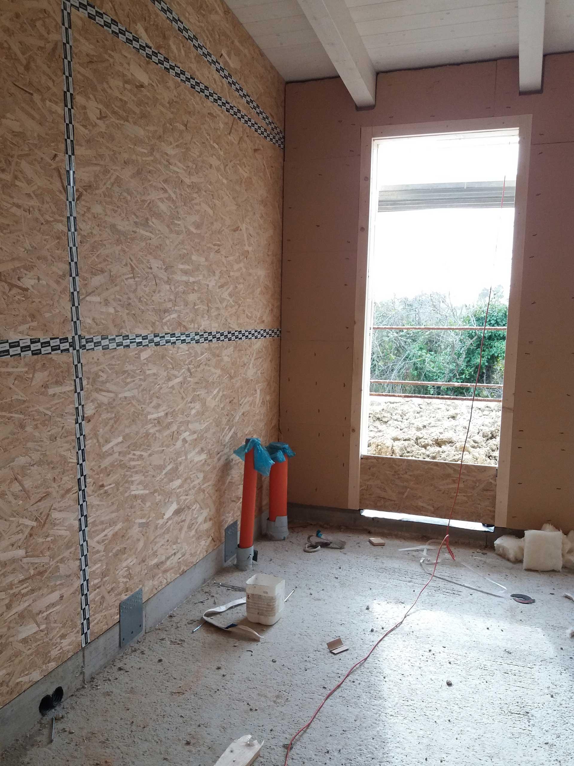 Interno casa in costruzione