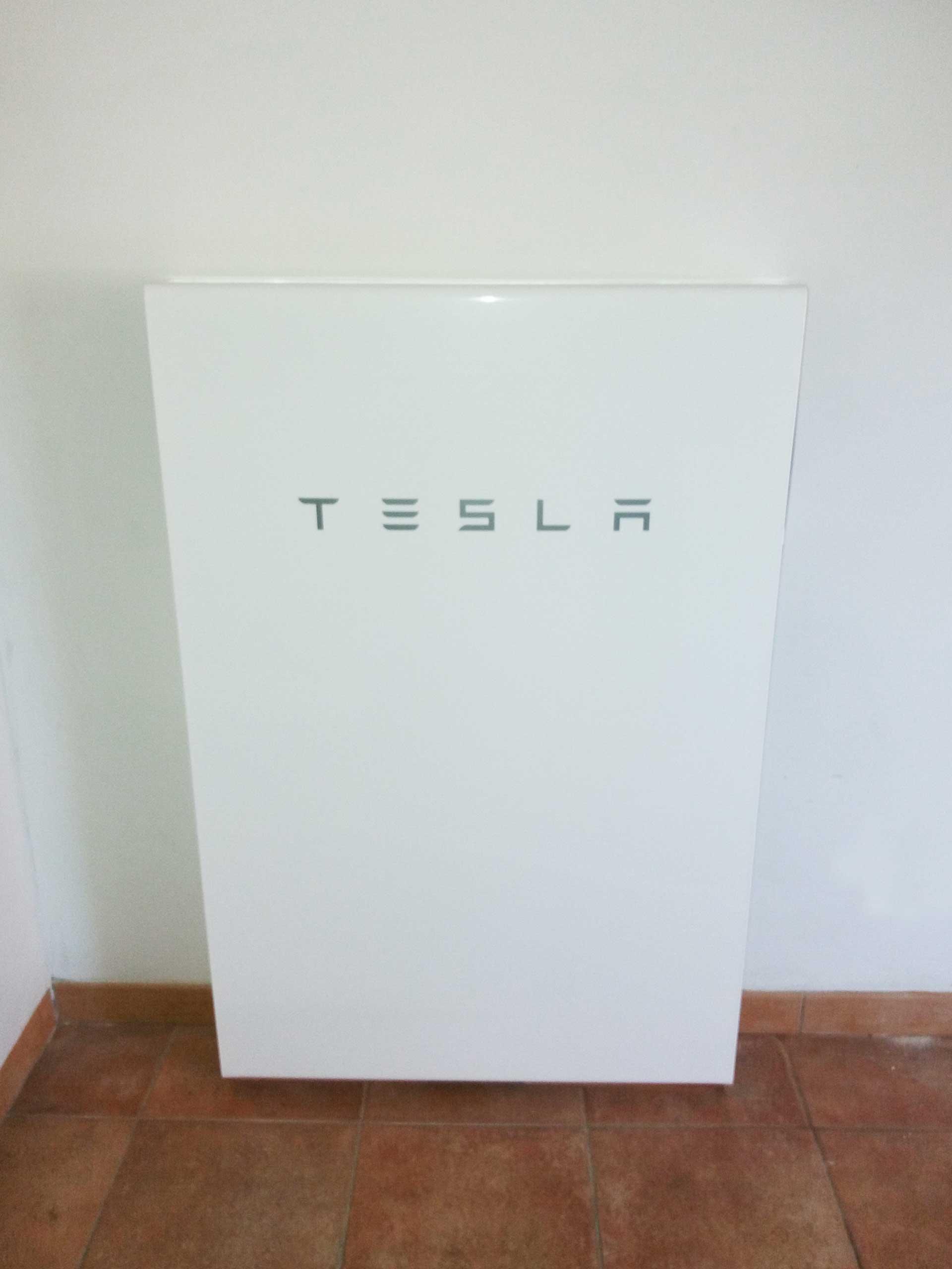 Tesla-Powerwall-ancona